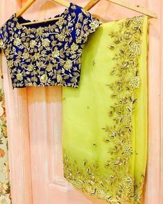 New Designer Sarees Wedding Indian Party Wear Fashion Bollywood Embroidered Sari Designer Sarees Wedding, Saree Wedding, Wedding Mehndi, Bridal Sarees, Saree Blouse Patterns, Saree Blouse Designs, Fancy Sarees Party Wear, Chiffon Saree Party Wear, Jute