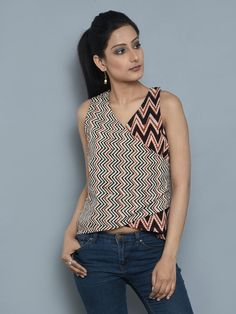 The Loom- An online Shop for Exclusive Handcrafted products comprising of Apparel, Sarees, Jewelry, Footwears & Home decor. Kurta Designs Women, Blouse Designs, Dress Designs, Chudidhar Designs, Crop Top And Shorts, Crop Tops, Kurti Patterns, Indian Gowns Dresses, Indian Designer Outfits
