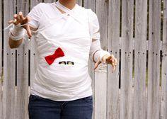 DIY this mummy baby bump look for Halloween.
