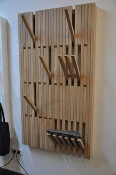 Cloakroom Made of Recycled Wood Design Ideas Pin by Lau Wey On Reg … – Life Ideas Cool Furniture, Furniture Design, Coat Hanger, Coat Racks, Wood Design, Home Projects, Wood Crafts, Woodworking Projects, House Design