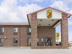 Wakeeney (KS) Super 8 Motel Wakeeney United States, North America Ideally located in the prime touristic area of Wakeeney, Super 8 Motel Wakeeney promises a relaxing and wonderful visit. Featuring a complete list of amenities, guests will find their stay at the property a comfortable one. Service-minded staff will welcome and guide you at the Super 8 Motel Wakeeney. Each guestroom is elegantly furnished and equipped with handy amenities. The hotel offers various recreational o...