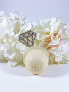 Good Photo eos Bridal Shower Favors Suggestions For a lot of, wedding planning bath areas are a timeless tradition that denotes a residential district of wome. Fun Bridal Shower Games, Chic Bridal Showers, Bridal Shower Tables, Unique Bridal Shower, Bridal Shower Centerpieces, Bridal Shower Favors, Party Favors, Wedding Showers, Shower Ideas