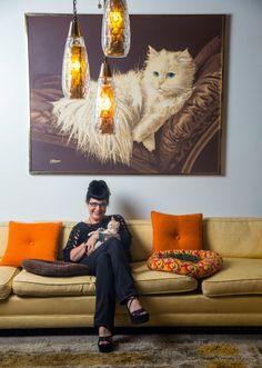 Slideshow tour of a Cat Lady's lair.