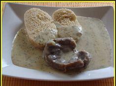 Uděláme máslovou jíšku ze 40g másla a 30g hladké mouky, kterou zalijeme studeným mlékem a povaříme s 2 lžíce k... Stew, French Toast, Muffin, Bread, Breakfast, Morning Coffee, Brot, Muffins, Baking