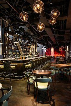 Appetizing Design: 10 Noteworthy NYC Restaurants Appetitliches Design: Neue und bemerkenswerte Restaurants in NYC Restaurant Design, Decoration Restaurant, Deco Restaurant, Restaurant Ideas, House Restaurant, Pub Decor, Luxury Restaurant, Restaurant Lighting, Vintage Restaurant