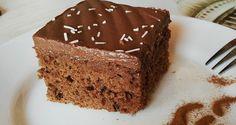 Koláček je velmi jednoduchý na přípravu, konečný výsledek je osvěžující díky džemu a polevě z kysané smetany. Coffee Cake, Vanilla Cake, Nutella, Baking Recipes, Tiramisu, Rum, Muffins, Deserts, Food And Drink