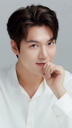 Christopher Evans, Boys Over Flowers, Asian Actors, Korean Actors, Lee Min Ho Wallpaper Iphone, Le Min Hoo, Lee Min Ho Smile, Park Hae Jin, Korean Drama Series