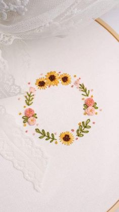 Hand Embroidery Patterns Flowers, Hand Embroidery Videos, Embroidery Stitches Tutorial, Embroidery Flowers Pattern, Simple Embroidery, Hand Embroidery Designs, Embroidery Kits, Rose Embroidery, Simple Flower Embroidery Designs