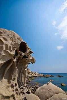 """Roccia """" Il teschio"""" - Punta Molentis - Villasimius - Sardegna Sud"""