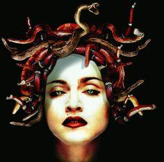 Madonna medusa