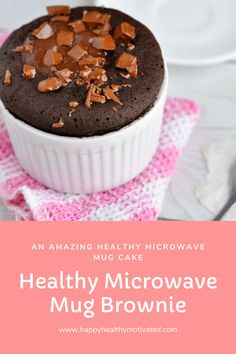 You can't beat a healthy microwave mug brownie. Especially a 100-calorie healthy microwave mug brownie! Healthy Breakfast For Kids, Good Healthy Snacks, Healthy Baking, Healthy Nutrition, Healthy Kids, Low Fat Desserts, Single Serve Desserts, Healthy Desserts, Microwave Brownie Mug