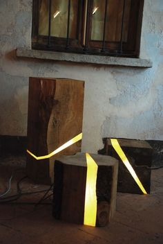 Buche en bois lumineuse LED  design Marco Stefanelli