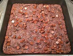 No flour zucchini brownies! Baking Pans, Baking Soda, Zucchini Brownies, Dark Chocolate Chips, Nut Butter, Wow Products, Original Recipe, Yummy Cakes, Vegan Gluten Free