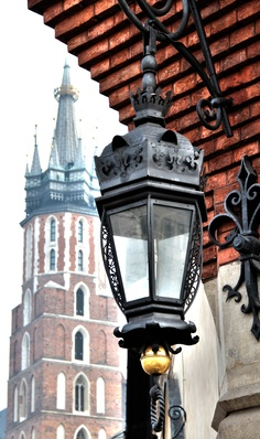 Kraków, Kościół Mariacki, Basilica of St. Most Beautiful Cities, Beautiful World, Cool Places To Visit, Places To Travel, Poland Travel, Krakow Poland, The Beautiful Country, Central Europe, Warsaw