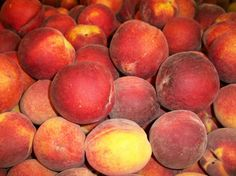 Peaches & Peaches Heavily Scented Palm Wax Melts by BubbleScents on Etsy