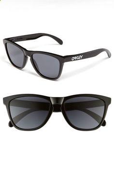 b08413e8fc6 Mens Oakley Sunglasses - Polished Black  Grey