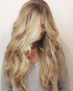 gorgeous blonde hair color by @dkwstyling #haircolor#sunkissedhair#naturalbeadedrows