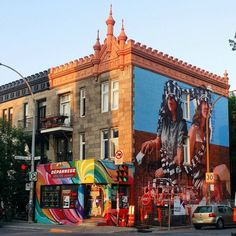 17 mentions J'aime, 1 commentaires - @_doverin sur Instagram : « my #prettycity #montreal #magichour #muralfestival #mtl #fintanmagee #wip #streetart » Street Art, Quebec City, Far Away, Great Places, South America, Montreal, Vancouver, Amsterdam, Places To Visit