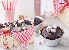 Muffinki czekoladowe z piankami