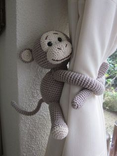 Amigurumi For Baby Room – Knitting And We Crochet Monkey Pattern, Crochet Motif, Crochet Patterns, Crochet Animals, Crochet Toys, Knit Crochet, Embroidery Patterns Free, Embroidery Kits, Crochet Curtains