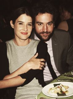 Cobie Smulders and Josh Radnor Cool Comedy, Hot Cuisine event to benefit the Scleroderma Research Foundation April 2013 Beverly Hills, California How I Met Your Mother, Ted And Robin, Emoji Birthday Shirt, Key Change, Ted Mosby, Comedy Tv Shows, Cobie Smulders, Cinema, Tv Couples