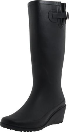 cute rain boots perfect for Portland weather Best Rain Boots, Cute Rain Boots, Black Rain Boots, Rain And Snow Boots, Rain Shoes, Wedge Boots, Shoe Boots, Discount Designer Shoes, Stylish Boots