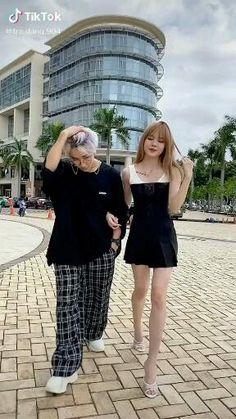 Jen Videos, Cute Funny Baby Videos, Crazy Funny Videos, Cute Funny Babies, Funny Videos For Kids, Cute Couple Videos, Korean Girl Photo, Cute Korean Boys, Korean Girl Fashion