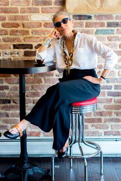 Best Fashion Tips For Women Over 60 - Fashion Trends Over 60 Fashion, Mature Fashion, Older Women Fashion, 50 Fashion, Fashion Tips For Women, Fashion Outfits, Spring Fashion, Fashion Clothes, Mode Ab 50