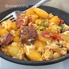 Yo le llamo revuelto campero a todo el que, además de patatas, lleva algo de chacina ibérica y un toque de pimiento o cebolla. La receta es muy sencilla.