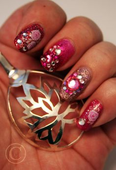 Thulian In Wonderland: Valentines day nails