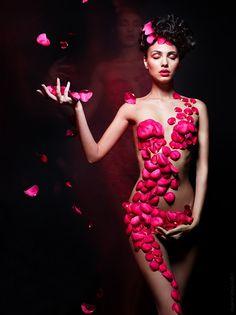 Rose Queen by Vladimir Zotov, via 500px