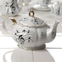 "Beautiful ""noteworthy"" teapot...this is gorgeous!! Want to add to my piano room!    Where to find?"