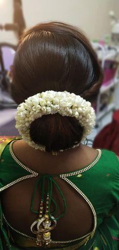 Beautiful Buns, Beautiful Long Hair, Fancy Blouse Designs, Saree Blouse Designs, Bridal Bun, Bridal Hair, Big Bun, Indian Wedding Hairstyles, Bun Hairstyles