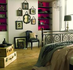 Фотография: Спальня в стиле Кантри, Восточный, Декор интерьера, Дизайн интерьера, Цвет в интерьере, Dulux, фиолетовый, лавандовый, краска dulux, обновление интерьера с красками dulux: секреты правильного выбора и сочетания цветов, сиреневый – фото на InMyRoom.ru