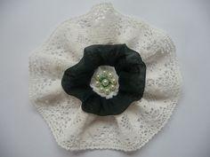 Shabby Blume Vintage Retro Spitze gehäkelt Seide Perlen Landhaus Handarbeit