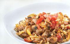 Κριθαράκι με λαχανικά και τριφτή ντομάτα