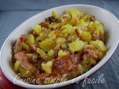 Roïgabrageldi, pdt rôties au lard. 1,2 kg pommes de terre, 5 tranches de poitrine fraîche, 60 gr de lardons, 2 oignons moyens, 60 gr de graisse d'oie, sel, poivre.