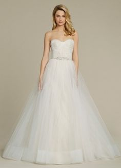 Sweetheart Princess/Ball Gown Wedding Dress  with Natural Waist in Tulle. Bridal Gown Style Number:33248634