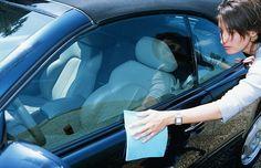 Tips perawatan mobil sangat penting untuk diperhatikan, salah satunya sisi eksteriornya. Agar cat mobil lebih terawat dan terbebas dari noda.