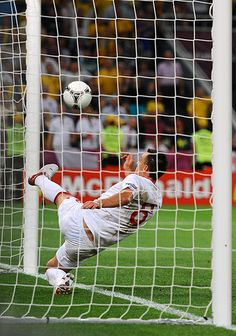 Euro 2012 : After Marko Devic's Non-Goal, Will FIFA President Michel Platini Implement Goal-Line Technology? Goal Line Technology, Michel Platini, Uefa Euro 2016, Euro 2012, Most Popular Sports, World Football, Play Tennis, European Football, World Of Sports