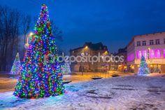 ZAKOPANE, POLAND - DECEMBER 6, 2014: Christmas decoration on the street in Zakopane. City center of Zakopane is the main shopping area with pedestrian promenade in Tatra mountains. — Foto Editoriale Stock © Mustang_79 #60545659