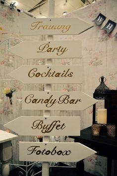 DIY Wegweiser für die Hochzeit #Mr & Mrs Die Hochzeitsplaner…
