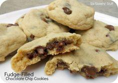 FUDGE-FILLED CHOCOLATE CHIP COOKIES http://www.sixsistersstuff.com/2012/03/fudge-filled-chocolate-chip-cookies.html #Cookies