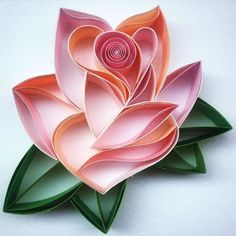 Sena Runa creates a colorful and detailed art O - Quilling Paper Crafts Neli Quilling, Origami And Quilling, Quilling Paper Craft, Quilling Flowers, Paper Flowers, Paper Crafts, Quilled Roses, Foam Crafts, Paper Quilling Tutorial
