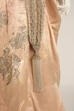 Evening dress Evening dress House of Worth (French, 1858–1956) Date: 1914 Culture: French Medium: silk. Detail