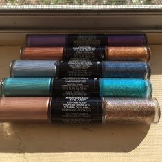 Relvon  photo ready eyeshadow All different colors brand new this is for all your getting 2 free Revlon Makeup Eyeshadow