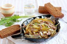 Салат «Шахтерский» с солеными огурцами