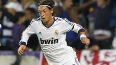 For the coach of the German National Team, Mr. Löw, Mesut Özil is the best player of the world in 2012 and not Messi !