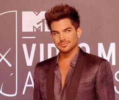 Adam Lambert: On the Red Carpet - Dayum boi!