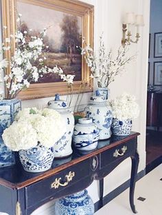 Ginger Jars in a traditional room. The Enchanted Home Blue And White China, Blue China, Home Interior, Interior Decorating, Interior Design, Decorating Games, Enchanted Home, Ginger Jars, White Decor